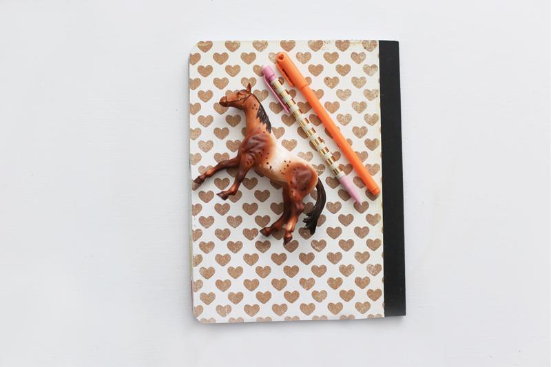 NotebookbackAR