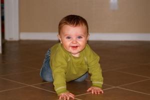 Nathan_crawling